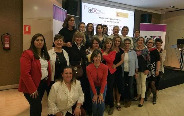 Cooperativistas andaluzas comparten experiencia con agricultoras y ganaderas de toda España en el Día Internacional de las Mujeres Rurales