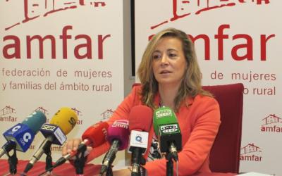 AMFAR recibe una avalancha de 500 matrículas para los cursos online dirigidos a mujeres rurales